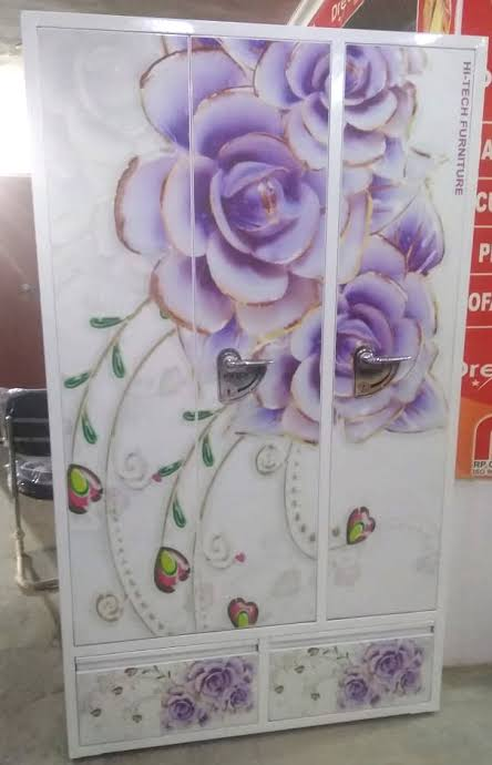 UV printing on metal door